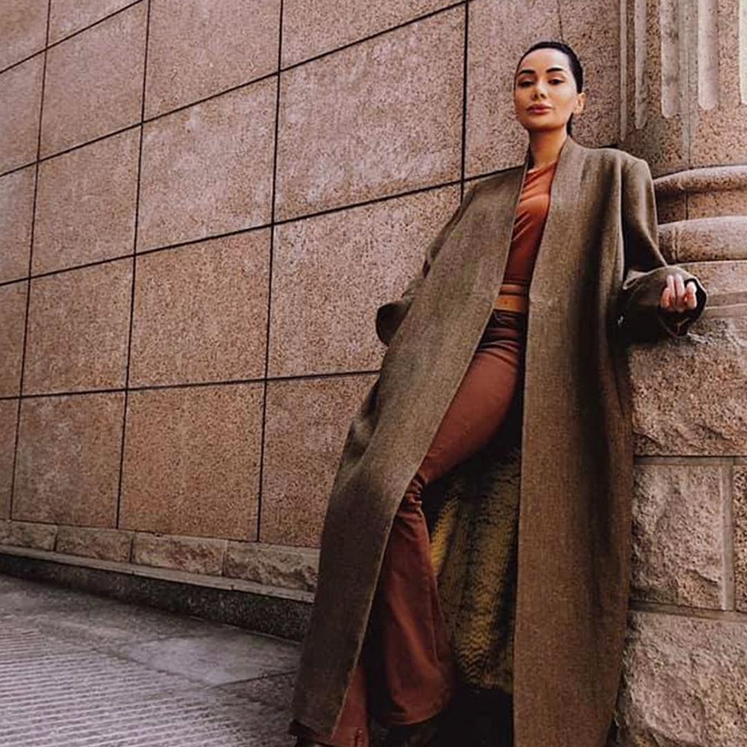 Шоира Пулатова: учёба в США, модельный бизнес и работа в «Рахш Такси»